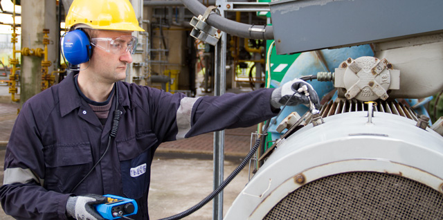 Bearing Acoustic Vibration Monitoring By Means Of